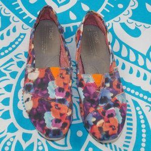 Toms watercolor floral classic flats 8.5